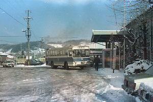撮影:沼宮内駅(1985.12.3)