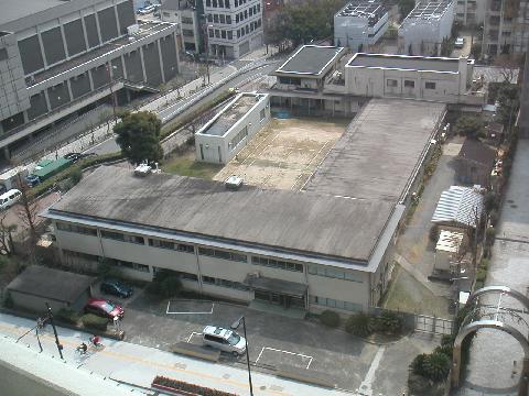 旧国立医薬品食品衛生研究所大阪...